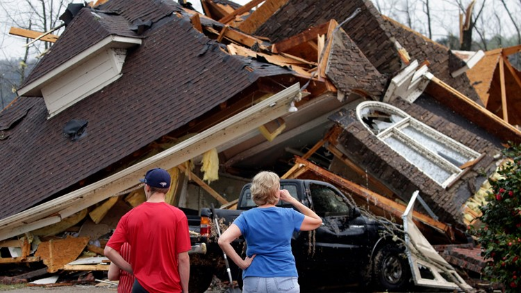 Tornado outbreak rips across Deep South; at least 5 dead