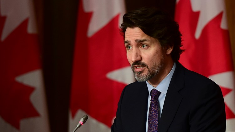 Trudeau hit by gravel, says it won't stop how he campaigns