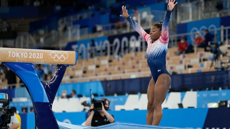 Biles sticks landing in balance beam, delivers in final Tokyo Olympics performance