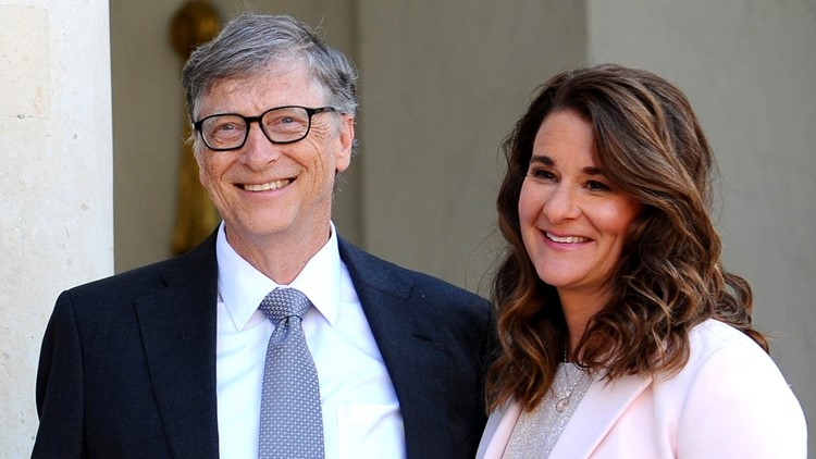 Bill Gates Transferred Nearly $2.4 Billion Worth of Stock to Melinda on the Day They Announced Divorce