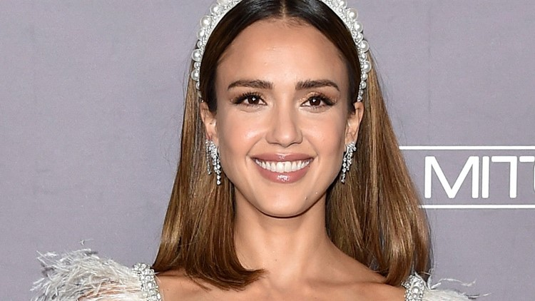 Jessica Alba Shares the Surprising Requests Her Daughter Honor Made During Therapy