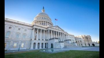 Congress returns to new dynamic, GOP shutdown threat