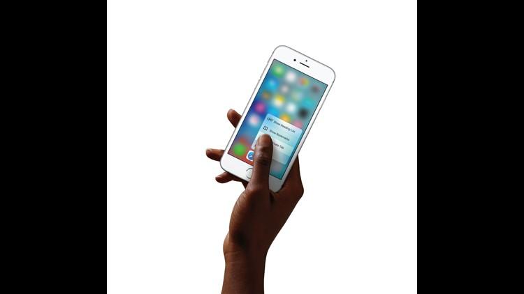 iPhone6s-Hand-Safari