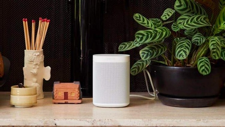 best-gifts-2018-sonos-one.jpg