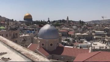 Israeli police shoot, kill alleged stabbing attacker