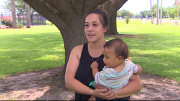 Breastfeeding mom told to leave Texas pool receives worldwide support