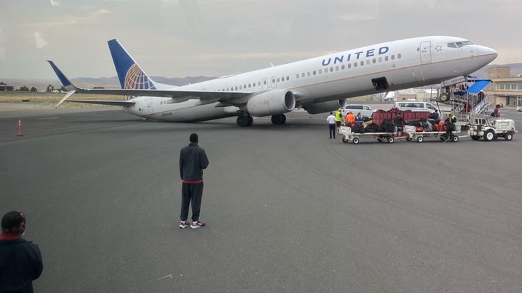 Airplane tips backward while on tarmac in Idaho
