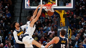 Nuggets suffer first loss, 109-106 to Mavericks