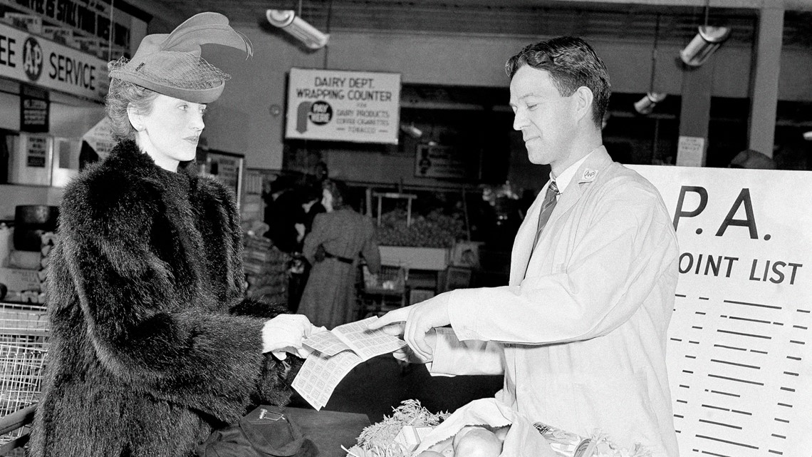 'Think about the society you're living in': Seniors supporting masks recall rationing during WWII