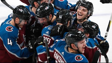 Soderberg scores winner in shootout, Avs beat Canucks 3-2