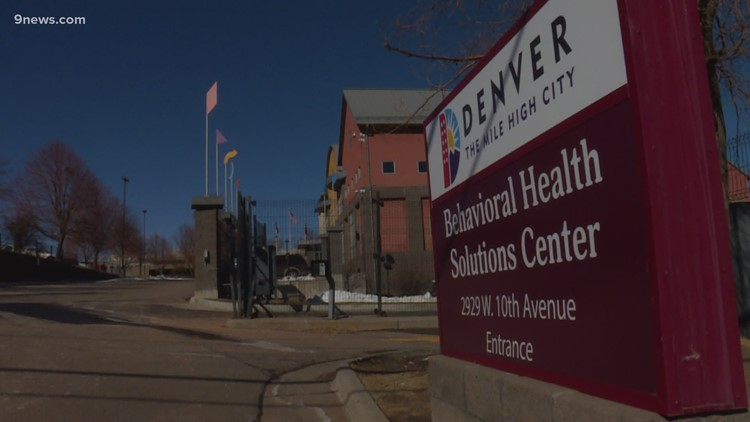 Denver mental health workers to picket for better benefits