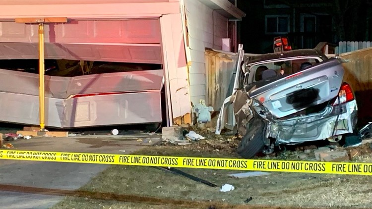 Teen faces DUI charge after hitting 4 cars, 2 homes in