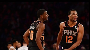 Nuggets fall to struggling Suns 102-93