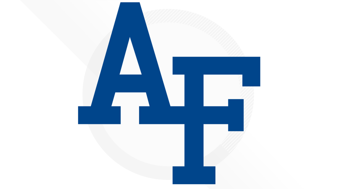 Walker's free throws allow Air Force to escape Denver, 79-75