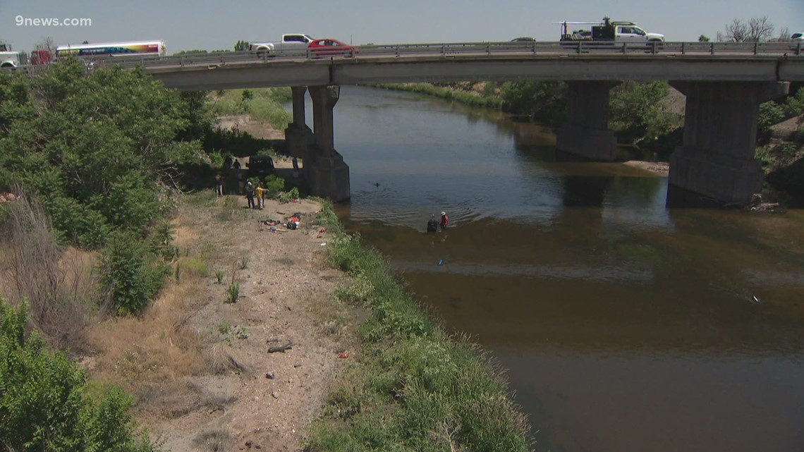 FBI searching South Platte River in connection with 2002 triple homicide