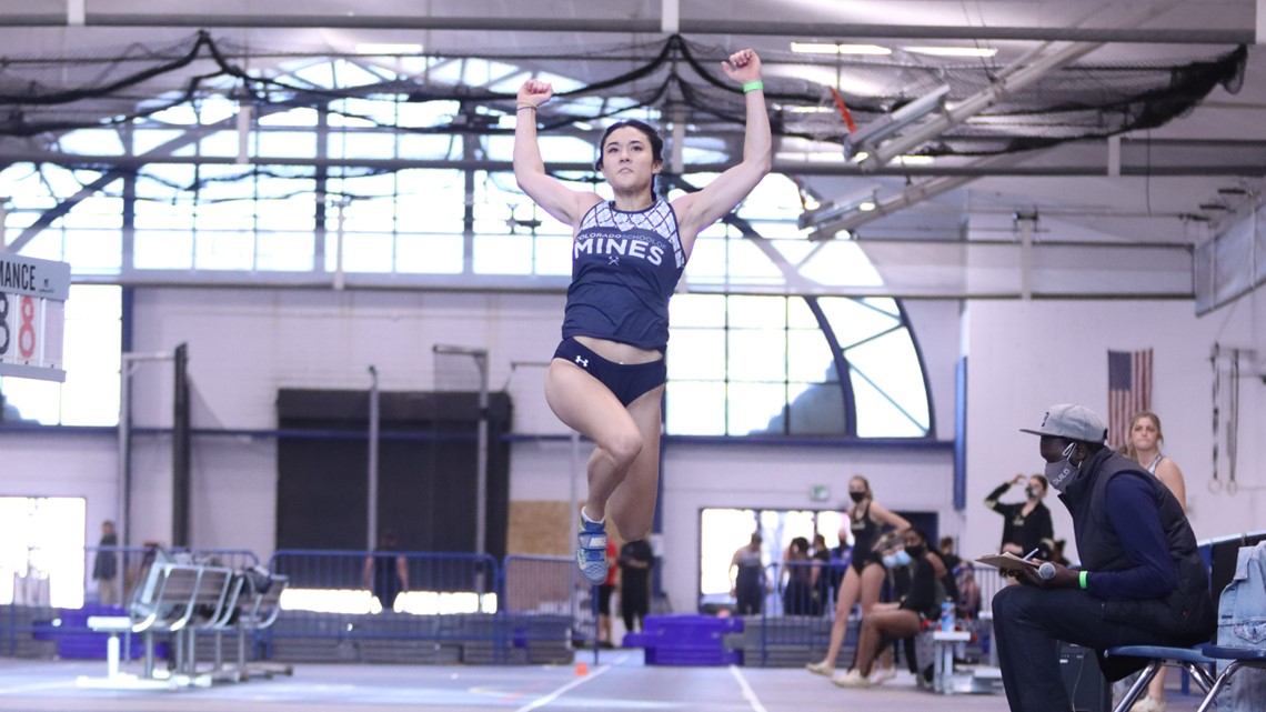 Mines jumper Sophie Collins flexes her way into the record books
