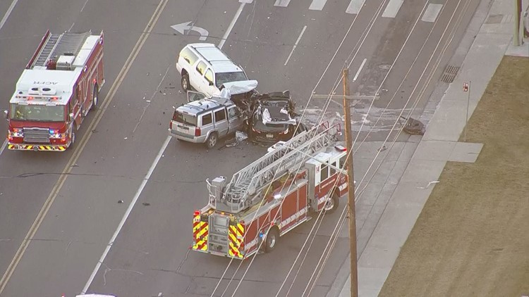 CSP: Driver flees 4 vehicle crash that injured 3 people