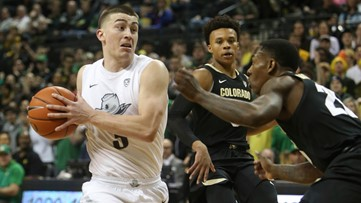 No. 17 Oregon rallies to overtake No 16 Colorado 68-60