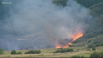 More homes evacuated as  Deer Creek Canyon Park fire continues to burn on 13 acres in Jefferson County