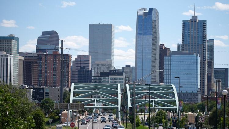 Committee postpones vote on $400 vaccine bonus for Denver employees