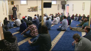 Fewer people show up to worship at Denver mosque after man accused of making threats Thursday