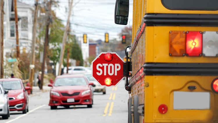 Tips for safely driving through school zones