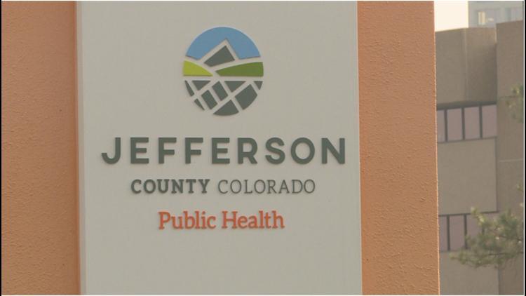 Cierran clínicas móviles de vacunación de COVID-19 en Jeffco y otras áreas tras reportes de acoso contra el personal
