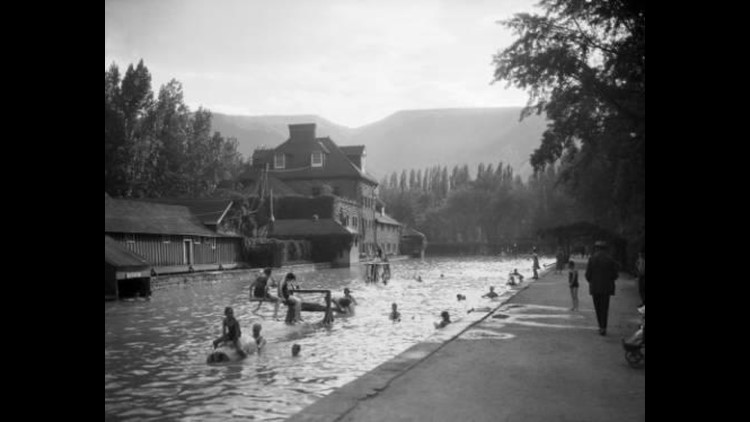 Glenwood_Springs_Pool_1497321374519.jpg