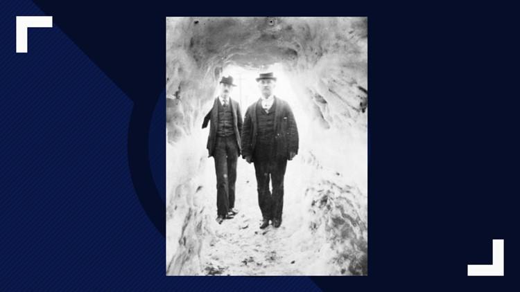 Snow_tunnel_across_Main_St_of_Breckenridge_1515000848131.jpg