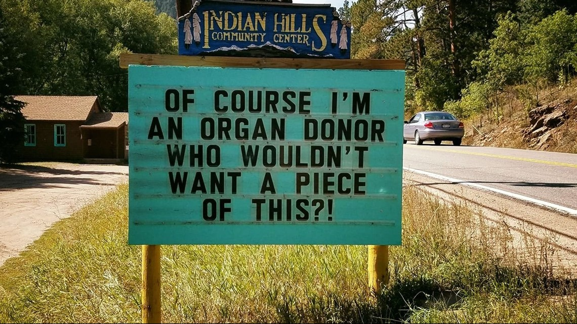 The story behind that punny sign in Indian Hills | 9news com