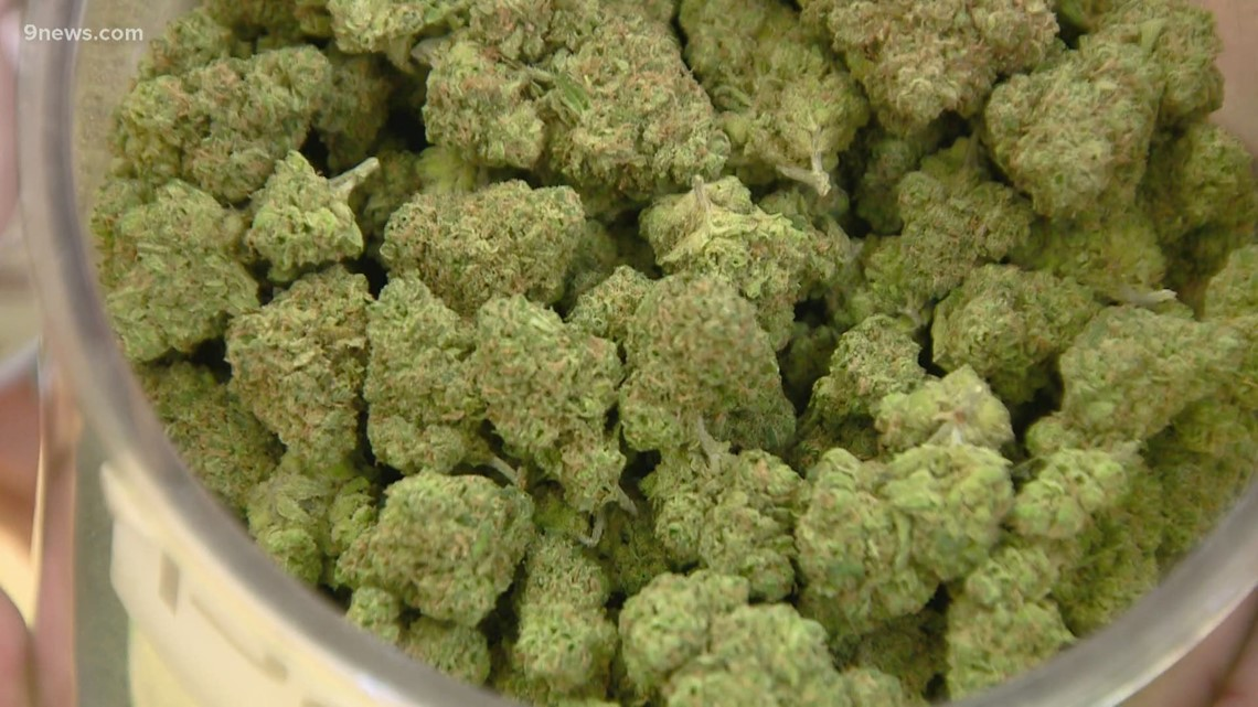 Denver City Council to weigh marijuana delivery, hospitality establishments