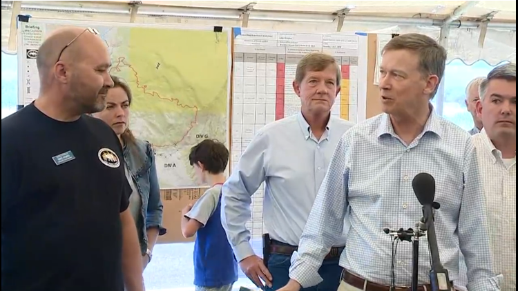 Hickenlooper at Lake Christine Fire
