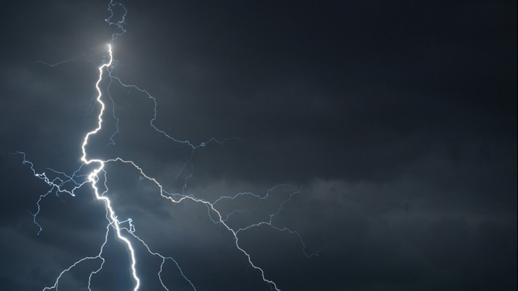 man survives lightning strike after girlfriend performs cpr