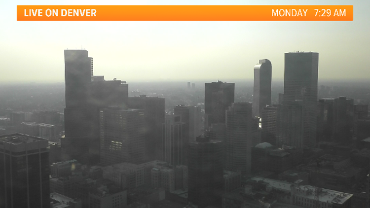 Extremely poor air condition in Calgary because of wildfire smoke