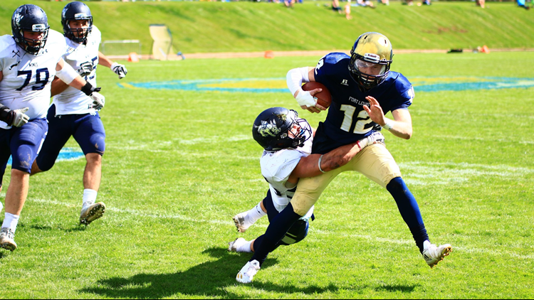 Fort Lewis College football QB scramble