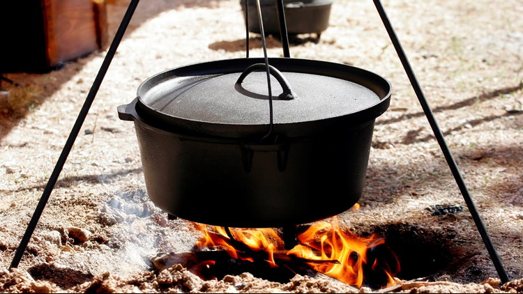 dutch oven chuckwagon cooking