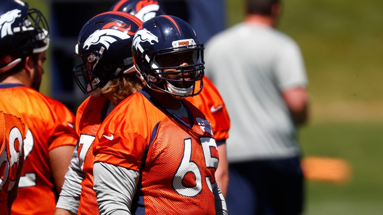 Denver Broncos guard Ron Leary