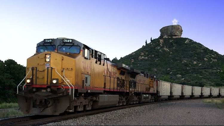 Castle Rock star for Christmas with train