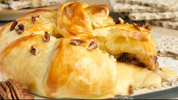 Holiday recipe: Baked Brie and Camembert Duo