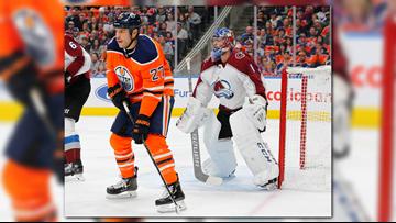 Varlamov stops 26 shots, Avalanche beat Oilers 4-1