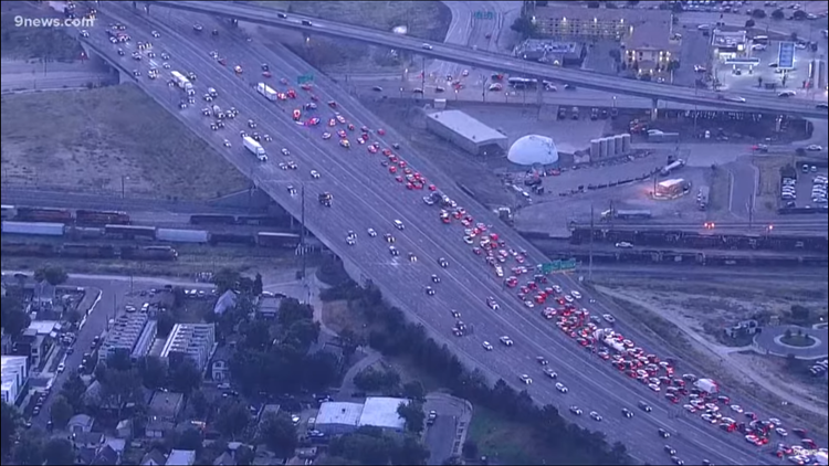 WATCH LIVE: Accident closes left lanes of NB I-25 at Park Avenue