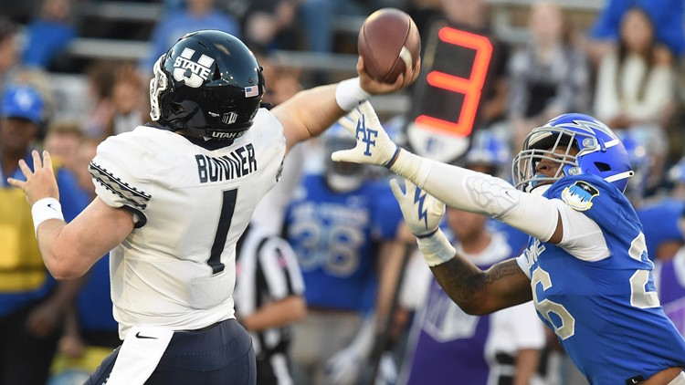 Air Force football loses after late rally by Utah State, 49-45