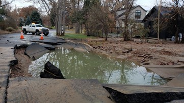 1 lane of NB University closed as crews work to repair water main break