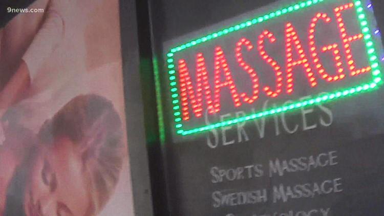 Denver aprueba nueva ordenanza para prevenir la trata de personas en los centros de masajes