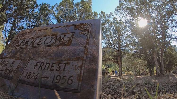 Gravestone in Linwood Cemetery.