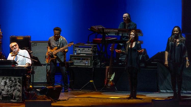 Steely Dan in Concert - Mansfield