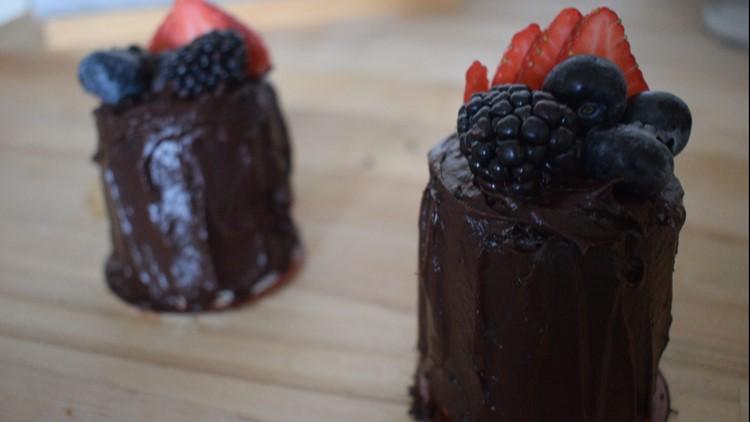 Valentines Day mini chocolate cakes