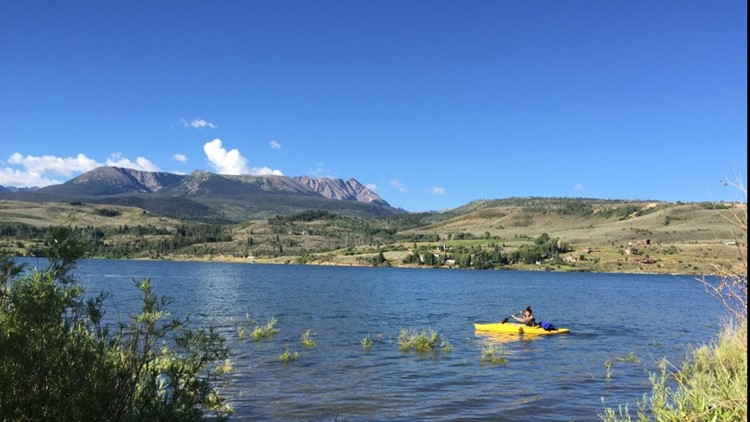 Kayaking at Green Mountain Reservoir