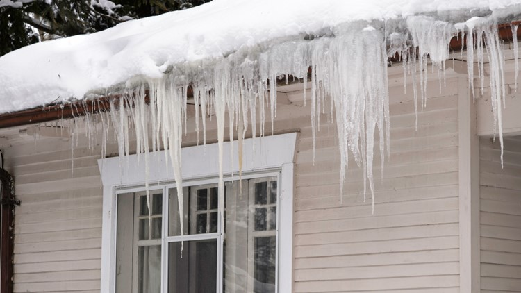 How to prepare your roof for winter in Colorado