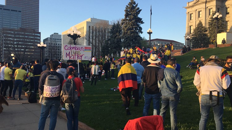 Colombians in Colorado rally for their families protesting back home
